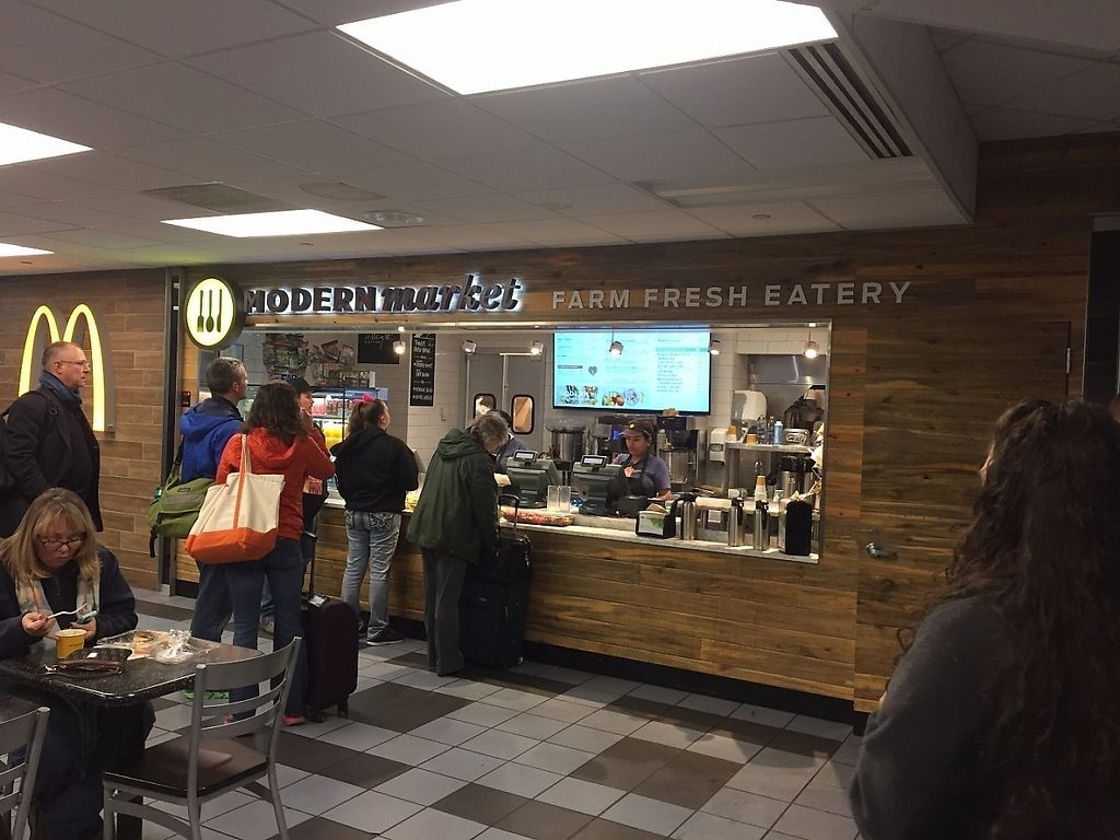 """Photo of Modern Market - Airport TB  by <a href=""""/members/profile/Veganbloke"""">Veganbloke</a> <br/>Odering counter <br/> December 8, 2016  - <a href='/contact/abuse/image/83746/198358'>Report</a>"""