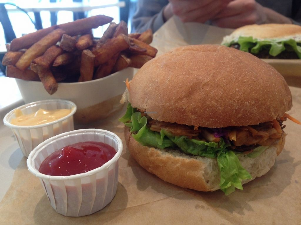 """Photo of Season Square  by <a href=""""/members/profile/Kyttiara"""">Kyttiara</a> <br/>pulled jackfruit burger <br/> May 3, 2017  - <a href='/contact/abuse/image/83791/255189'>Report</a>"""