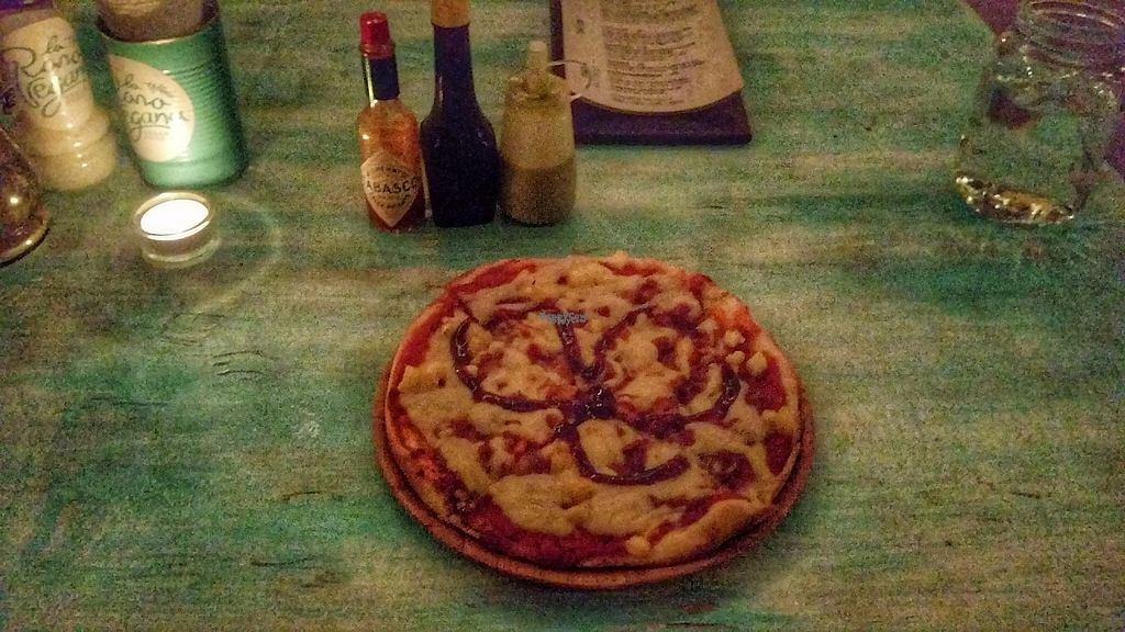 """Photo of La Rana Vegana  by <a href=""""/members/profile/zroq12"""">zroq12</a> <br/>Pizza bbq, Almond cheese <br/> December 11, 2016  - <a href='/contact/abuse/image/83802/199928'>Report</a>"""