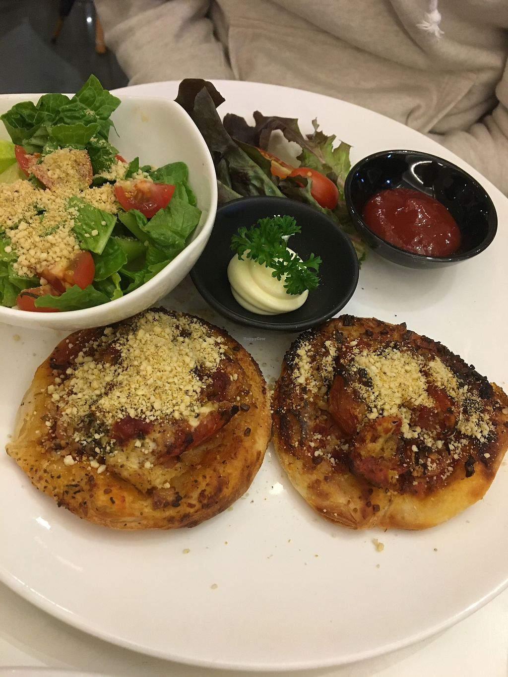 """Photo of Veganerie - Siam Paragon  by <a href=""""/members/profile/sanluvegan"""">sanluvegan</a> <br/>Roti pizza with caesar salad <br/> January 10, 2018  - <a href='/contact/abuse/image/83823/345054'>Report</a>"""