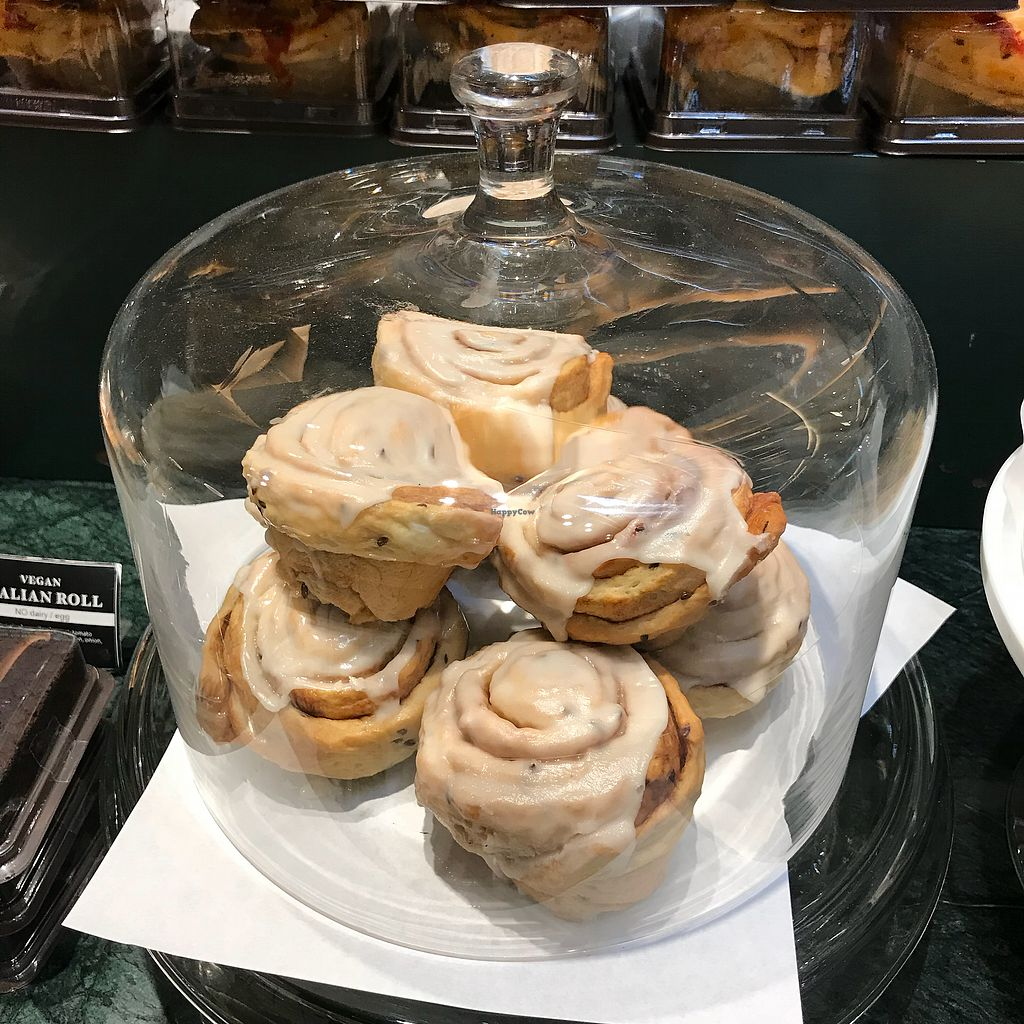 """Photo of Veganerie - Siam Paragon  by <a href=""""/members/profile/sawa388"""">sawa388</a> <br/>Cinnamon rolls <br/> February 8, 2018  - <a href='/contact/abuse/image/83823/356365'>Report</a>"""