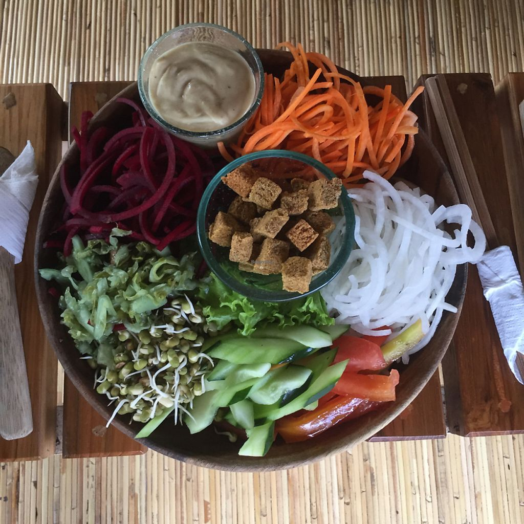 """Photo of Sayuri Healing Food  by <a href=""""/members/profile/Eefie"""">Eefie</a> <br/>Salad bowl <br/> May 31, 2017  - <a href='/contact/abuse/image/83973/264641'>Report</a>"""