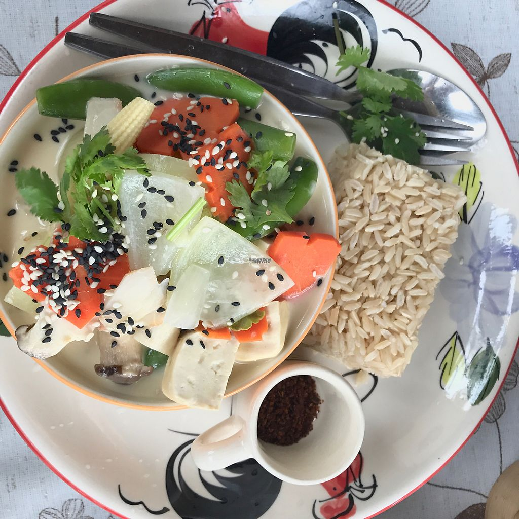 """Photo of Happy Veggie  by <a href=""""/members/profile/JoeNYC"""">JoeNYC</a> <br/>Tom Kha Soup <br/> April 6, 2017  - <a href='/contact/abuse/image/83999/245182'>Report</a>"""