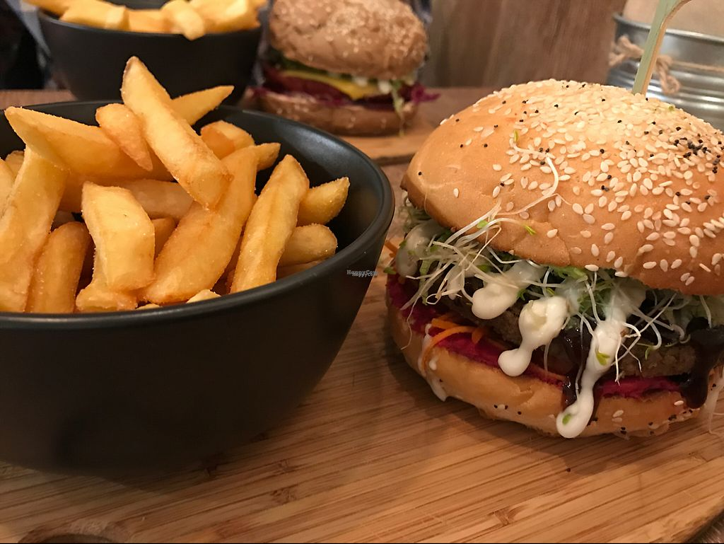 """Photo of Herbivore Eatery  by <a href=""""/members/profile/DeborahLaukaitis"""">DeborahLaukaitis</a> <br/>Earth Burger ? <br/> April 4, 2017  - <a href='/contact/abuse/image/84024/244598'>Report</a>"""