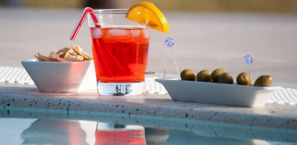 """Photo of H2O  by <a href=""""/members/profile/community"""">community</a> <br/>Drink by the Pool <br/> March 9, 2017  - <a href='/contact/abuse/image/84053/234474'>Report</a>"""