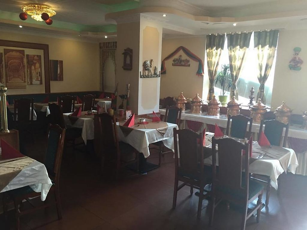 """Photo of Tandoori Delight  by <a href=""""/members/profile/community"""">community</a> <br/>Inside Tandoori Delight <br/> January 1, 2017  - <a href='/contact/abuse/image/84071/206811'>Report</a>"""