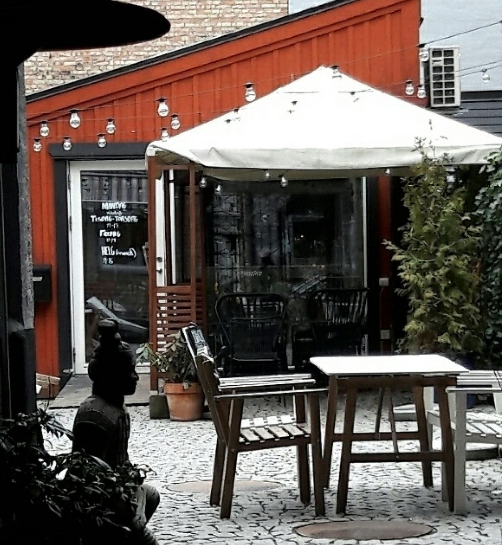 "Photo of Cafe Trubbel  by <a href=""/members/profile/piffelina"">piffelina</a> <br/>Outside seating area <br/> March 25, 2017  - <a href='/contact/abuse/image/84096/244157'>Report</a>"