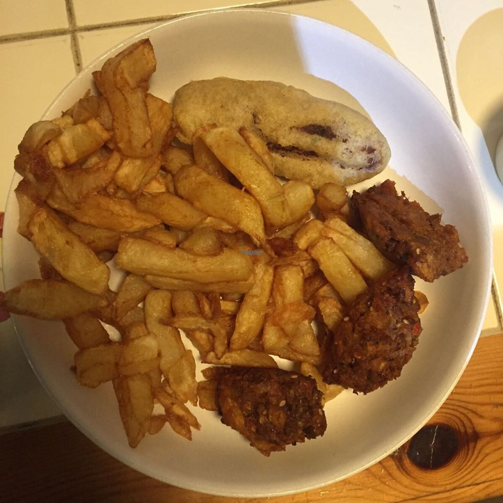 "Photo of Matter Fastfoods  by <a href=""/members/profile/Jade1991"">Jade1991</a> <br/>falafel, tofish and chips <br/> March 24, 2017  - <a href='/contact/abuse/image/84102/240347'>Report</a>"