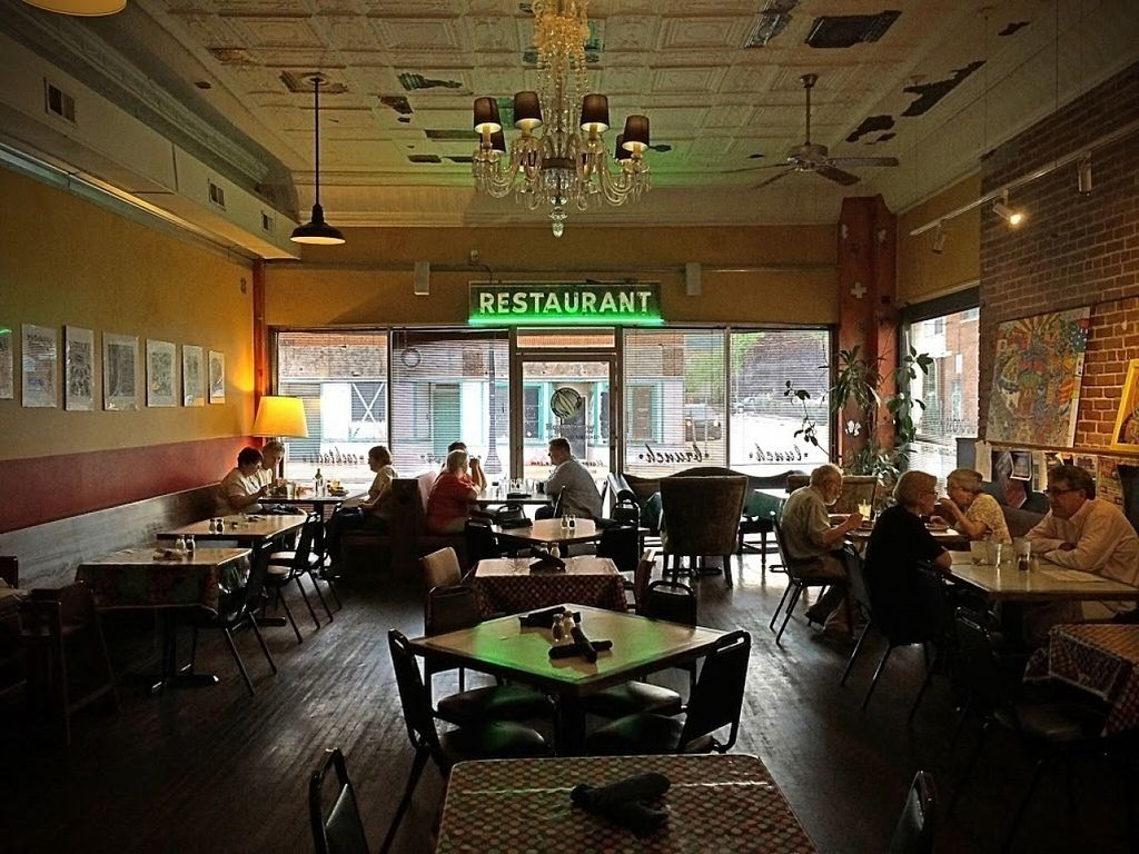 """Photo of Bluegrass Kitchen  by <a href=""""/members/profile/repairguy"""">repairguy</a> <br/>The Dining Room at Bluegrass Kitchen <br/> August 17, 2016  - <a href='/contact/abuse/image/8413/169542'>Report</a>"""