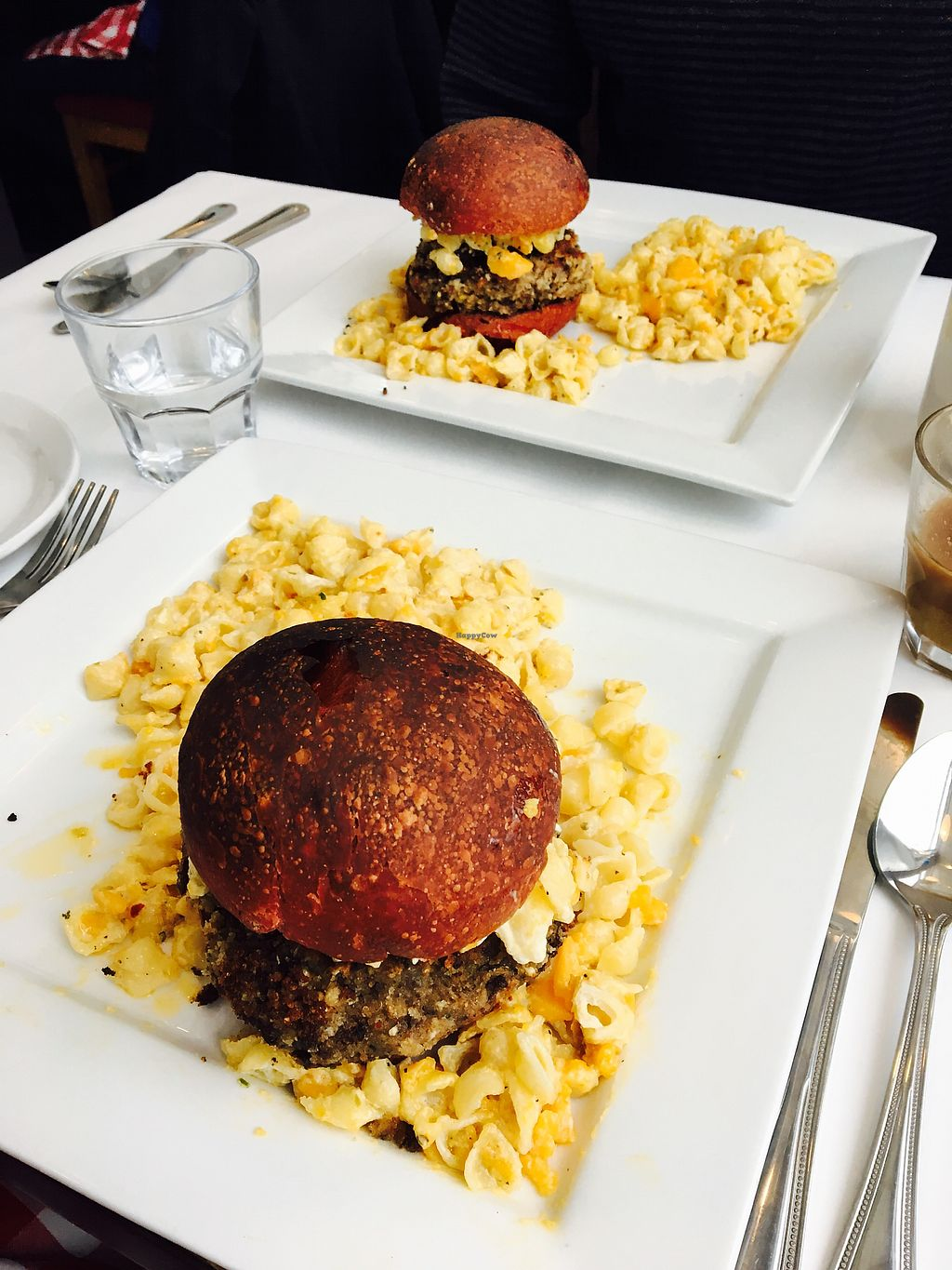 """Photo of Vegano  by <a href=""""/members/profile/AliceBernier"""">AliceBernier</a> <br/>Black beans burger with mac and cheese  <br/> August 14, 2017  - <a href='/contact/abuse/image/84140/292660'>Report</a>"""