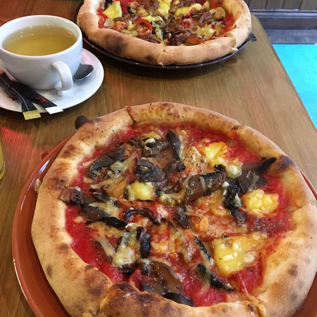 "Photo of Aperitivo  by <a href=""/members/profile/UgulU"">UgulU</a> <br/>vegan pizza <br/> January 22, 2017  - <a href='/contact/abuse/image/84146/214398'>Report</a>"