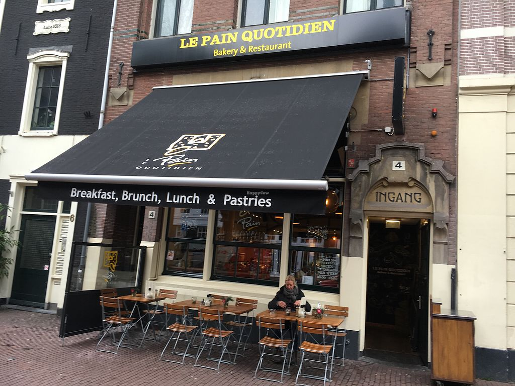 "Photo of Le Pain Quotidien - Nieuwezijds  by <a href=""/members/profile/hack_man"">hack_man</a> <br/>Exterior  <br/> January 2, 2018  - <a href='/contact/abuse/image/84213/342014'>Report</a>"