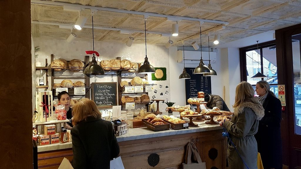 "Photo of Le Pain Quotidien - Fulham Rd  by <a href=""/members/profile/jollypig"">jollypig</a> <br/>The counter <br/> March 4, 2018  - <a href='/contact/abuse/image/84217/366605'>Report</a>"