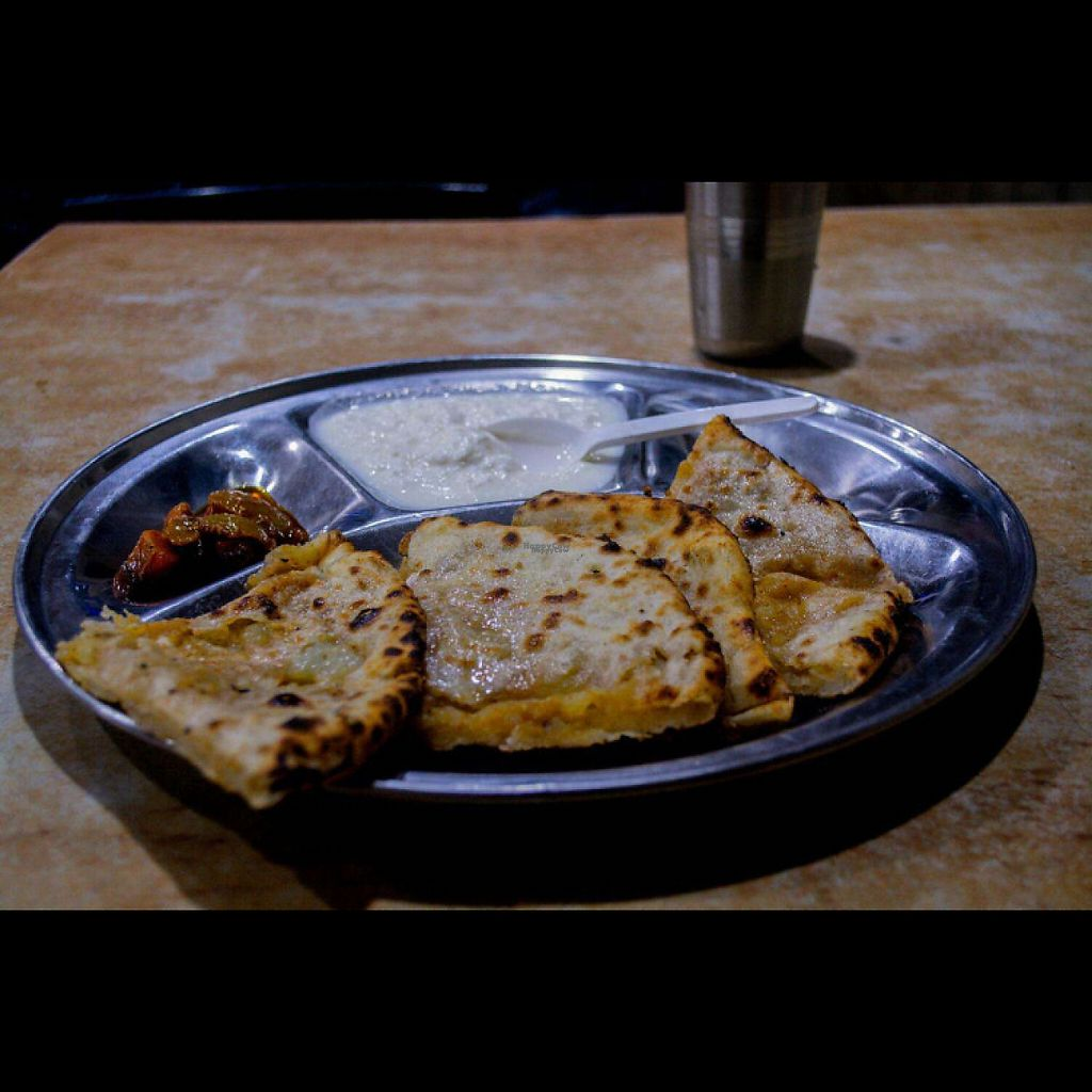 """Photo of Balwant Singh's Eating House  by <a href=""""/members/profile/AnandGoyal"""">AnandGoyal</a> <br/>paratha <br/> December 21, 2016  - <a href='/contact/abuse/image/84264/203333'>Report</a>"""