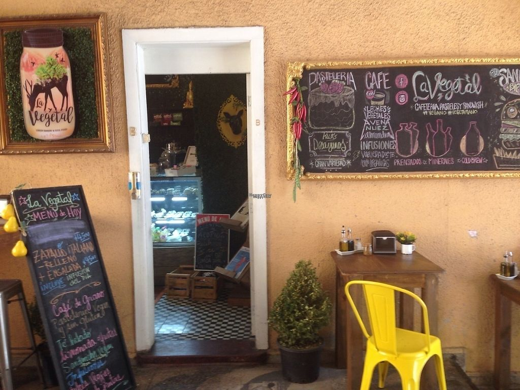 """Photo of CLOSED: La Vegetal  by <a href=""""/members/profile/EmilyNoelle"""">EmilyNoelle</a> <br/>Inside a little gallery from the main road. It's the first place on the left.  <br/> February 1, 2017  - <a href='/contact/abuse/image/84309/220633'>Report</a>"""