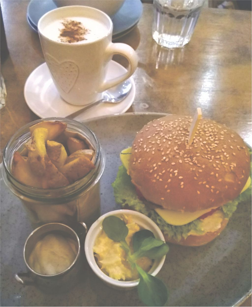 "Photo of Balans Bistro  by <a href=""/members/profile/Waldo_97"">Waldo_97</a> <br/>Balans Bistro veggie burger <br/> April 14, 2018  - <a href='/contact/abuse/image/84394/385827'>Report</a>"
