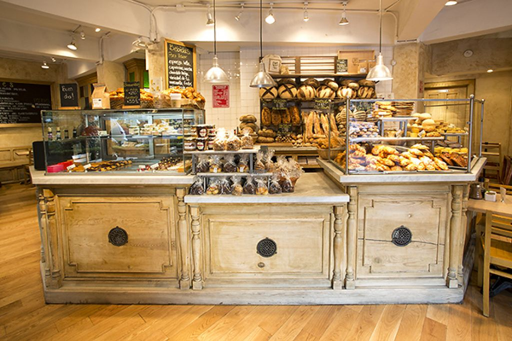 """Photo of Le Pain Quotidien - Polanco  by <a href=""""/members/profile/community"""">community</a> <br/>Le Pain Quotidien Polanco is located in the heart of the Polanco, one of the most crowded and famous neighborhoods in the city, near Presidente Mazaryk Avenue, Mexico City, Mexico <br/> January 24, 2017  - <a href='/contact/abuse/image/84404/216109'>Report</a>"""