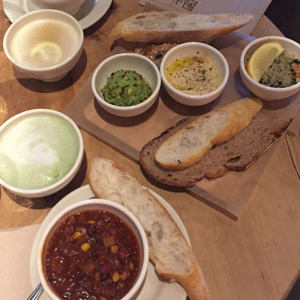 "Photo of Le Pain Quotidien - Michigan Ave  by <a href=""/members/profile/MaddyR"">MaddyR</a> <br/>matcha latté, lemon & ginger tea, chili, and avocado, hummus, and tabouli <br/> March 18, 2017  - <a href='/contact/abuse/image/84411/238149'>Report</a>"