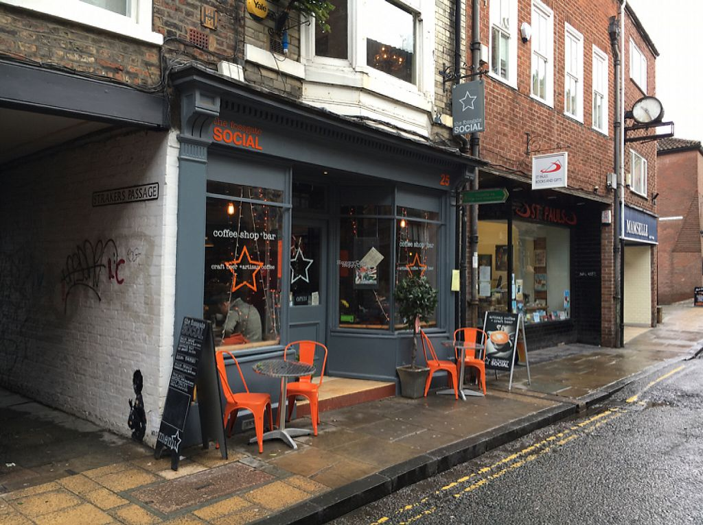"""Photo of The Fossgate Social  by <a href=""""/members/profile/hack_man"""">hack_man</a> <br/>outside  <br/> December 24, 2016  - <a href='/contact/abuse/image/84475/204521'>Report</a>"""