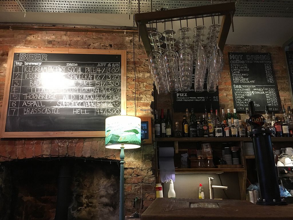 """Photo of The Fossgate Social  by <a href=""""/members/profile/hack_man"""">hack_man</a> <br/>Interior  <br/> December 23, 2017  - <a href='/contact/abuse/image/84475/338382'>Report</a>"""
