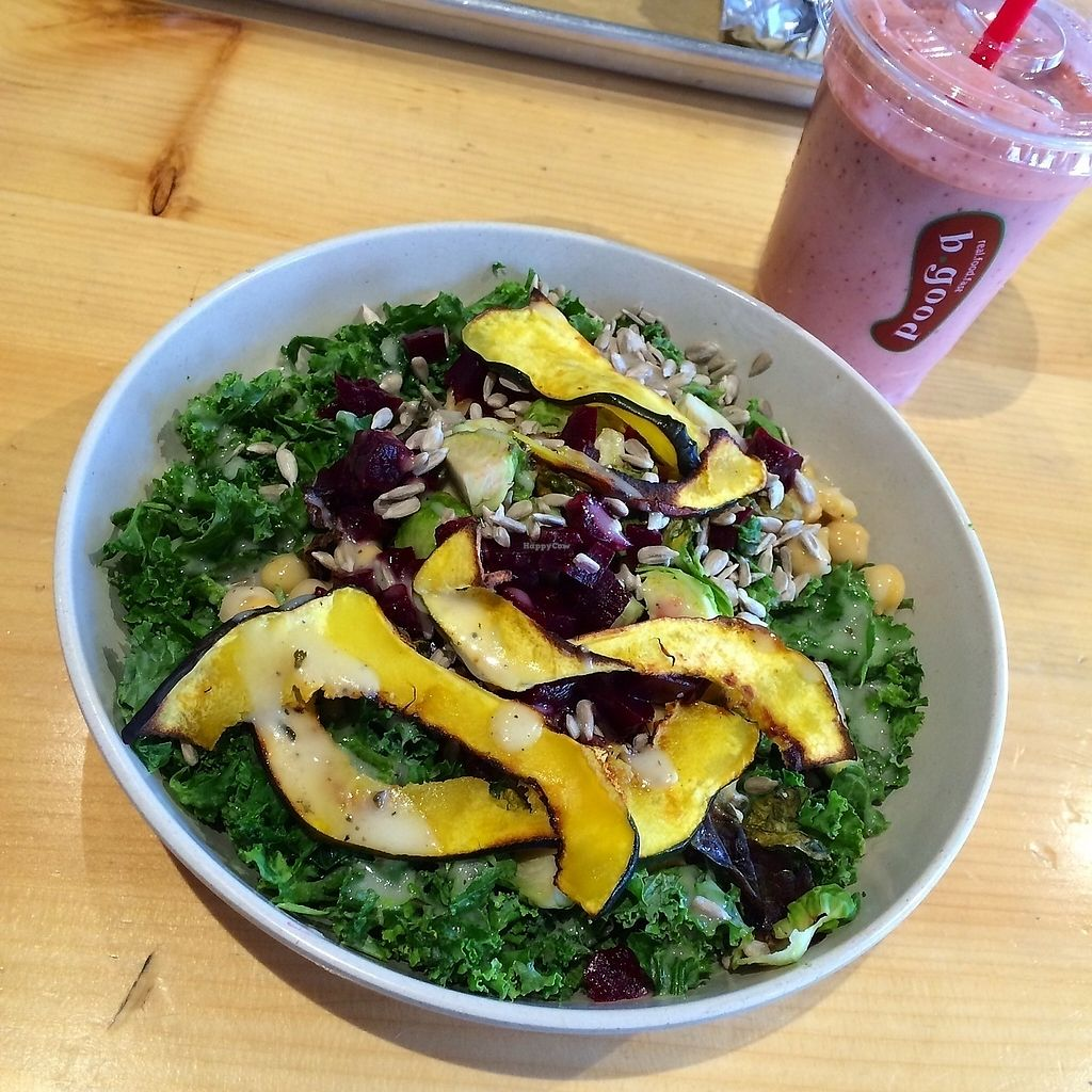 """Photo of b.good  by <a href=""""/members/profile/The%20Vegan%20Chemist"""">The Vegan Chemist</a> <br/>Salad + smoothie <br/> July 10, 2017  - <a href='/contact/abuse/image/84599/278778'>Report</a>"""