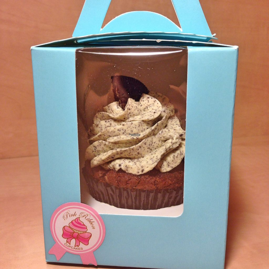 """Photo of Pink Ribbon Cupcakes  by <a href=""""/members/profile/dairyfree"""">dairyfree</a> <br/>Oreo Cupcake to go <br/> December 27, 2016  - <a href='/contact/abuse/image/84605/205385'>Report</a>"""