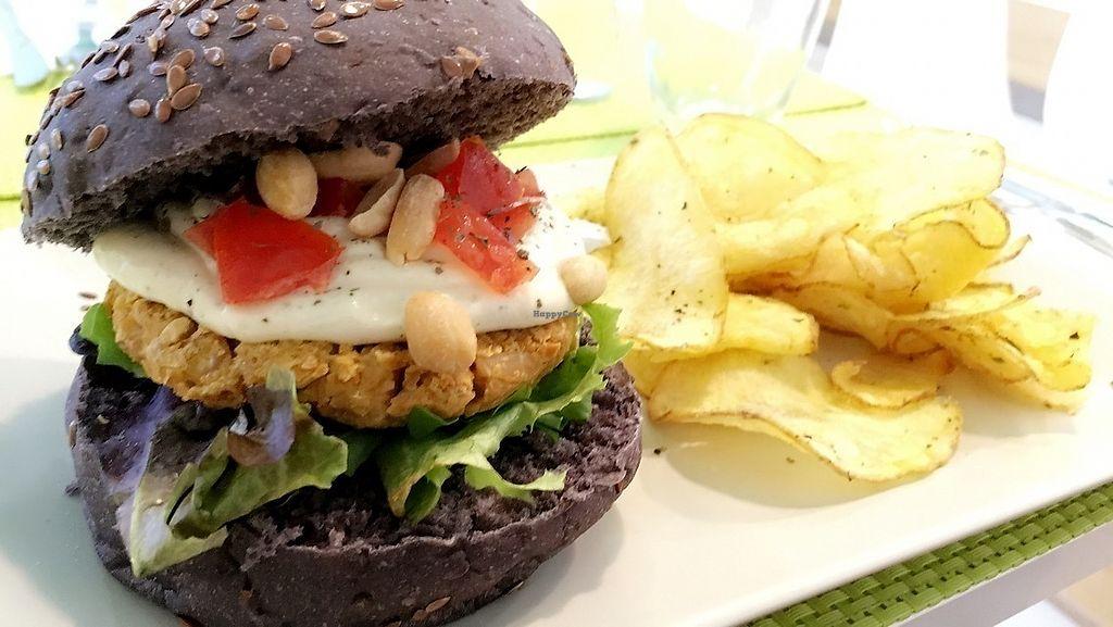 "Photo of Vegana Burgers - Cais do Sodre  by <a href=""/members/profile/Birdsinthestorm"">Birdsinthestorm</a> <br/>""Peanut Butter"" burger with homemade crisps  <br/> October 18, 2017  - <a href='/contact/abuse/image/84623/316412'>Report</a>"