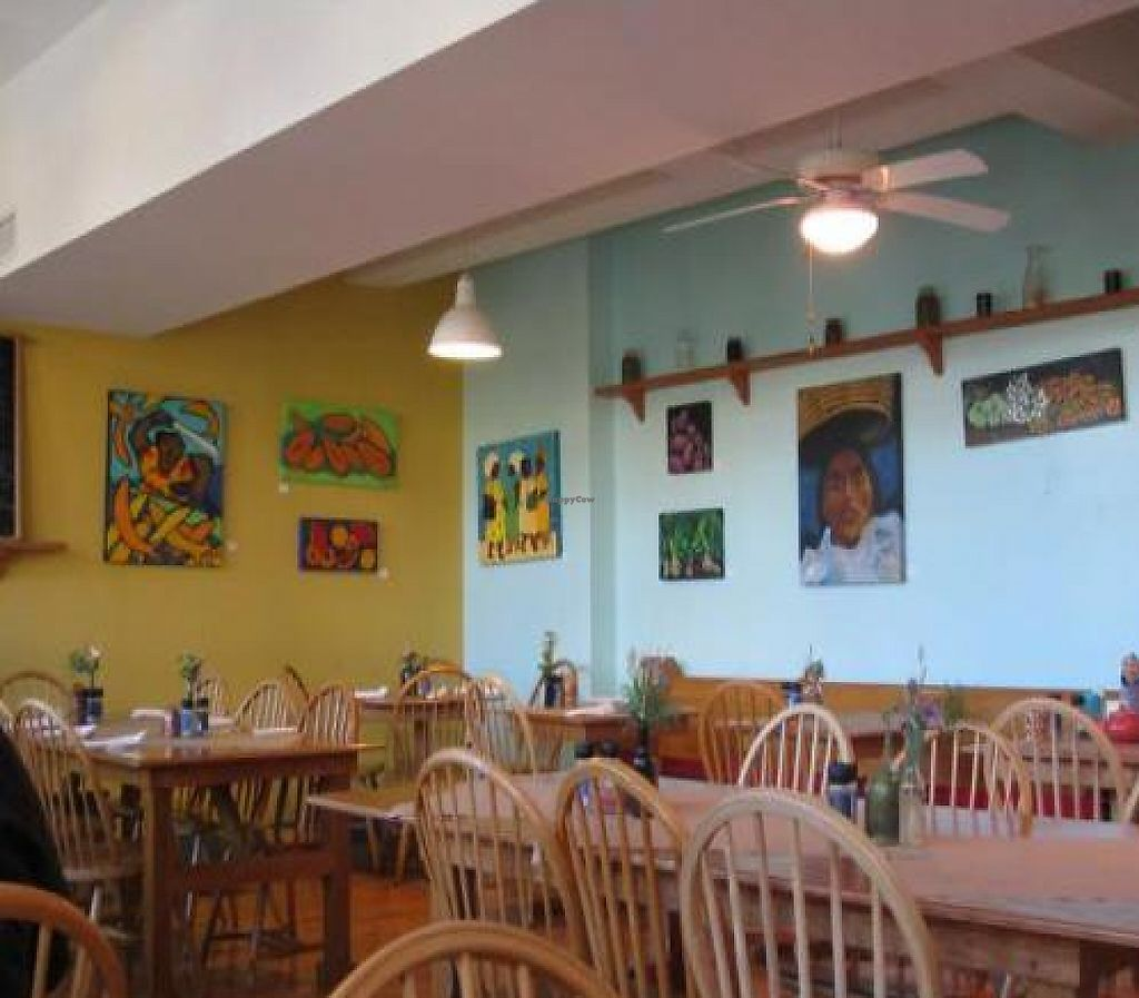 """Photo of Early Girl Eatery  by <a href=""""/members/profile/Julie%20R"""">Julie R</a> <br/>The restaurant inside <br/> November 7, 2011  - <a href='/contact/abuse/image/8467/193120'>Report</a>"""