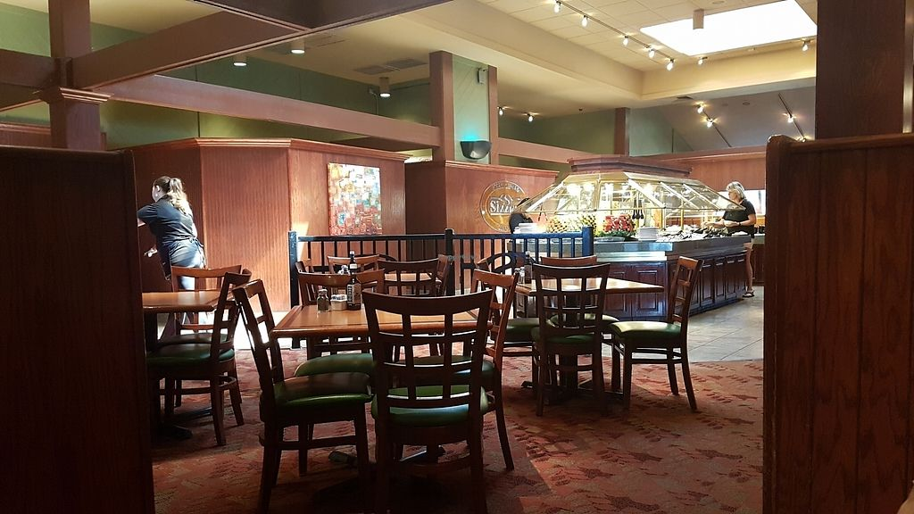 """Photo of Sizzler  by <a href=""""/members/profile/AliceTheHetalian"""">AliceTheHetalian</a> <br/>Photo of the interior  <br/> August 21, 2017  - <a href='/contact/abuse/image/84719/295298'>Report</a>"""