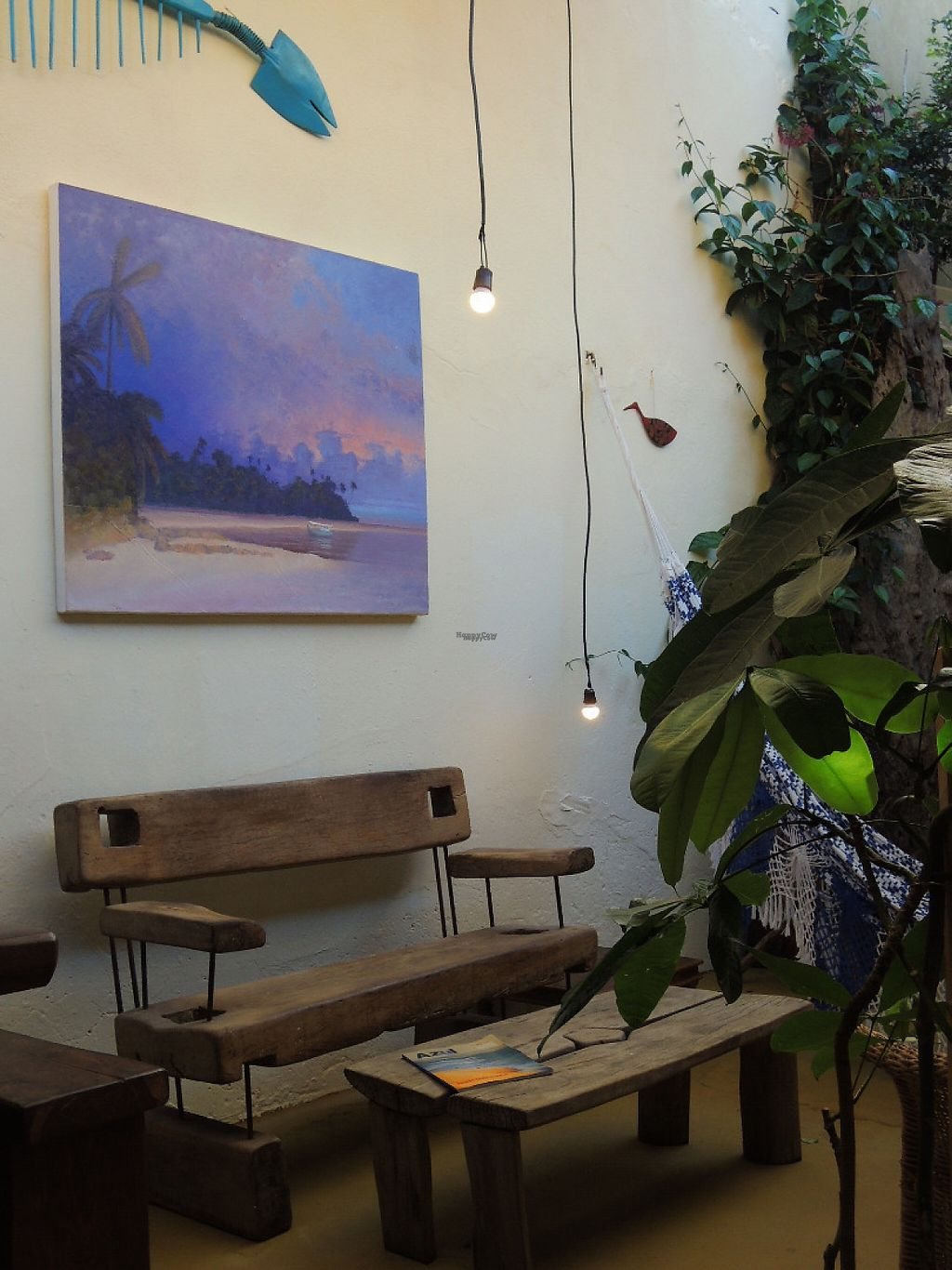 """Photo of Cafe Bizarro  by <a href=""""/members/profile/ClaudiaMorango"""">ClaudiaMorango</a> <br/>This vegan coffee shop is located in the backyard of a contemporary art gallery, Galeria 195. The setting is very pleasant in the morning or late afternoon <br/> December 31, 2016  - <a href='/contact/abuse/image/84782/206562'>Report</a>"""