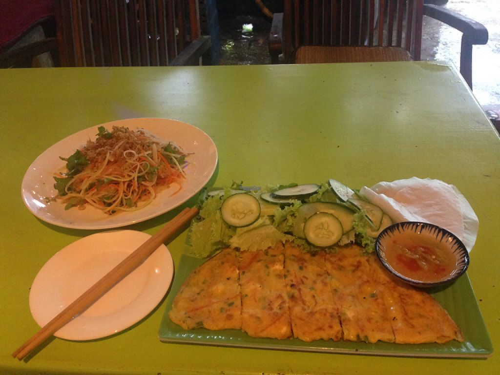 """Photo of CLOSED: Cay Me - Tamarind Tree  by <a href=""""/members/profile/Honoria"""">Honoria</a> <br/>papaya salad and banh xeo chay <br/> February 14, 2017  - <a href='/contact/abuse/image/84856/226394'>Report</a>"""