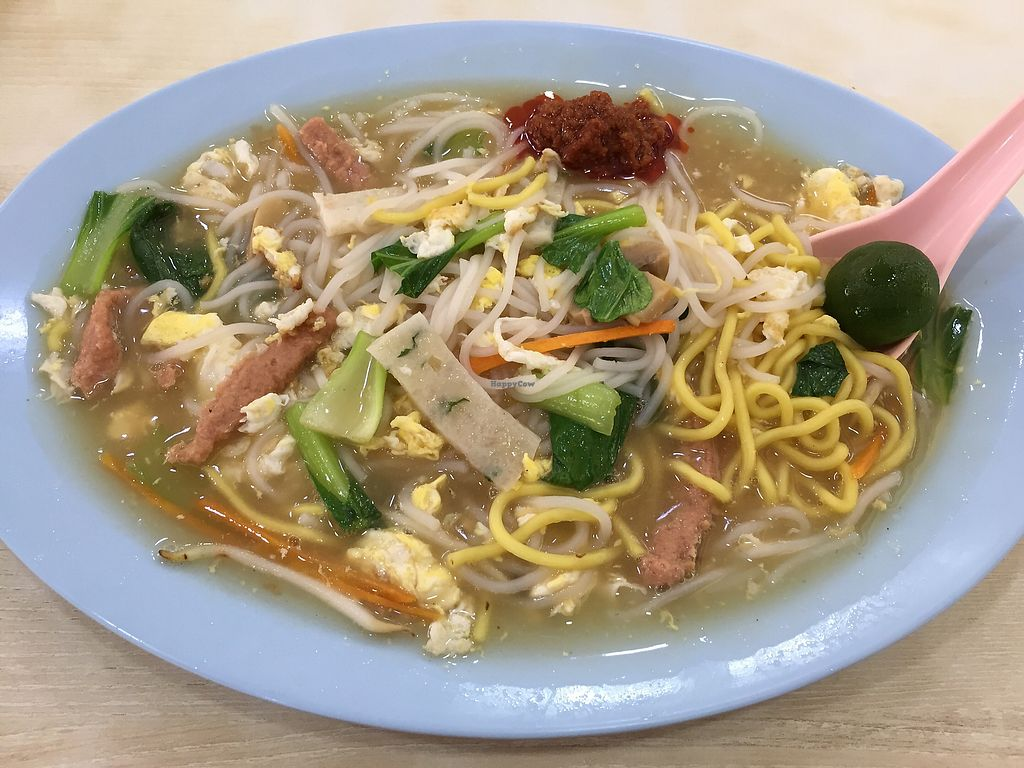 "Photo of Zhen Xiang Vegetarian  by <a href=""/members/profile/surfbuyer"">surfbuyer</a> <br/>Fried Hokkien Mee <br/> April 7, 2018  - <a href='/contact/abuse/image/84867/381817'>Report</a>"