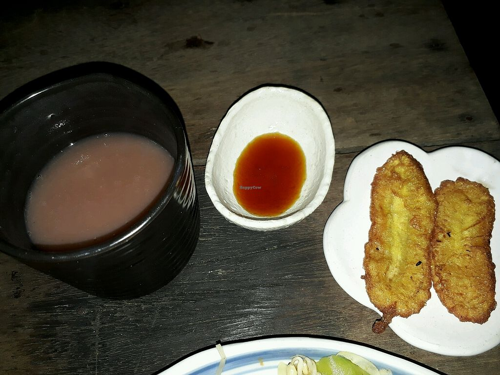 "Photo of Thuc Duong Bao An - Bao An Macrobiotic  by <a href=""/members/profile/LilacHippy"">LilacHippy</a> <br/>Brown rice milk and fried banana with syrup <br/> December 23, 2017  - <a href='/contact/abuse/image/84953/338378'>Report</a>"