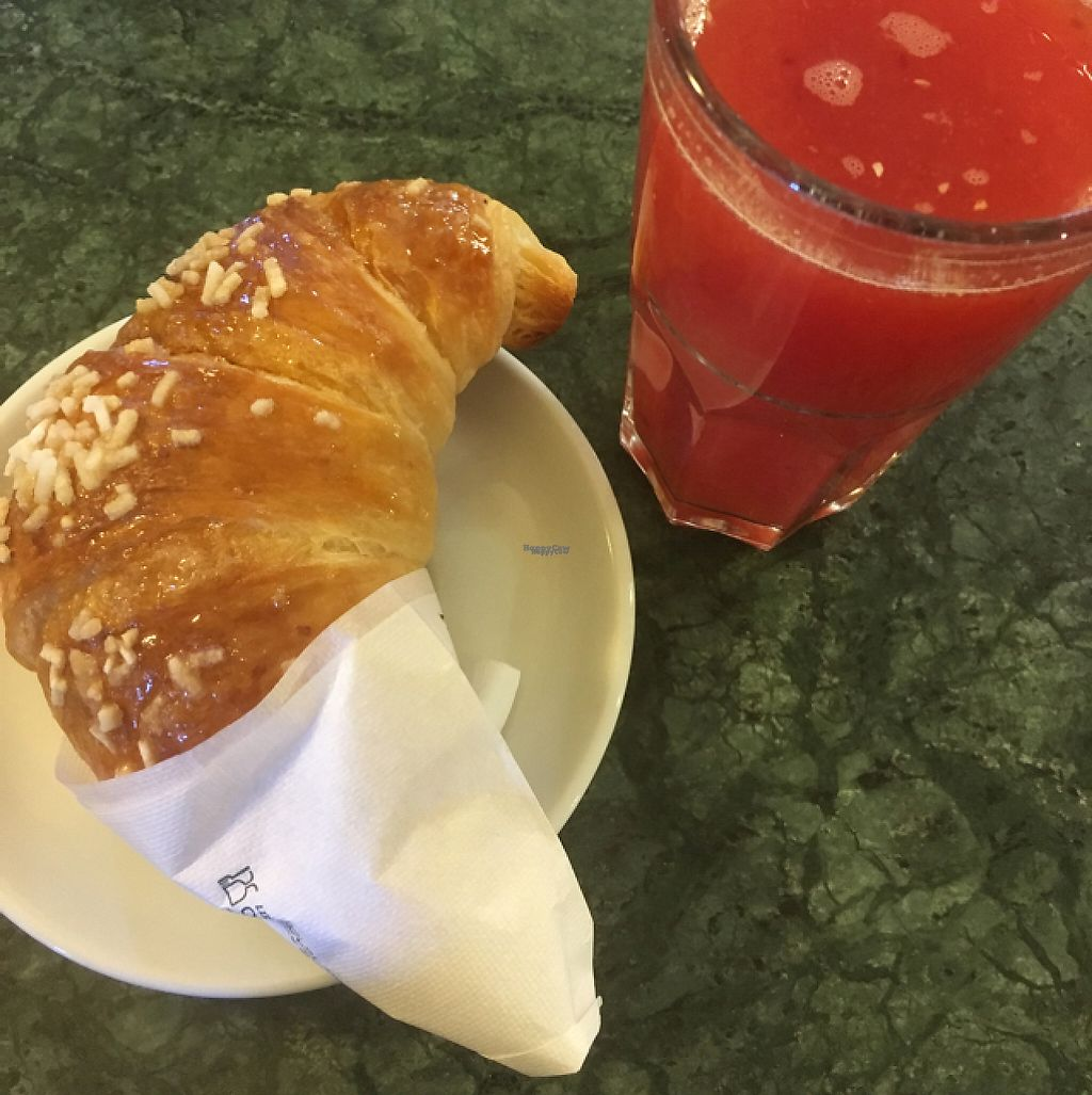 """Photo of Bar Pasticceria Voglino  by <a href=""""/members/profile/hokusai77"""">hokusai77</a> <br/>Vegan croissant and fresh orange juice <br/> March 8, 2017  - <a href='/contact/abuse/image/84968/234136'>Report</a>"""