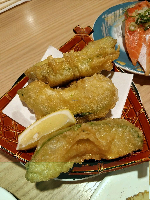 "Photo of Katsu Midori Sushi Shibuya  by <a href=""/members/profile/HilaNoyman"">HilaNoyman</a> <br/>avocado tempura <br/> October 8, 2017  - <a href='/contact/abuse/image/84977/313117'>Report</a>"