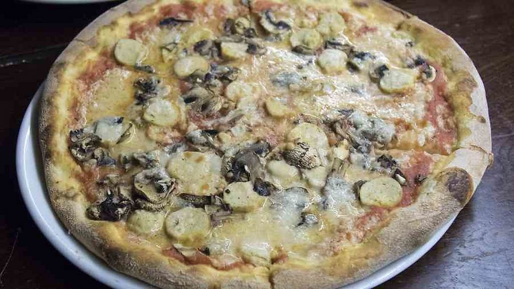 """Photo of Pepe Nero Italian - The Full Moon  by <a href=""""/members/profile/community"""">community</a> <br/>Vegan Pizza <br/> January 4, 2017  - <a href='/contact/abuse/image/84991/208136'>Report</a>"""