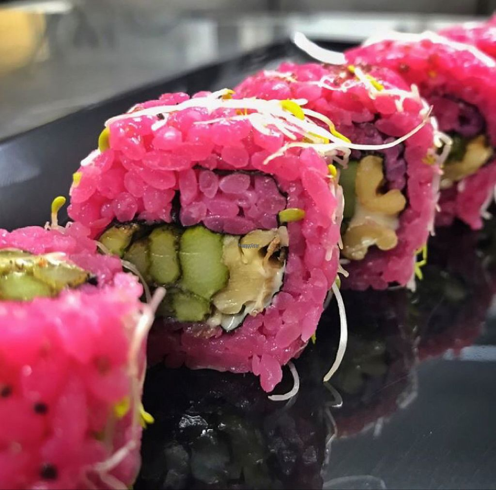 """Photo of Sushisa  by <a href=""""/members/profile/Kukiaries"""">Kukiaries</a> <br/>Vegan uramaki scarlett <br/> February 3, 2017  - <a href='/contact/abuse/image/85006/221570'>Report</a>"""