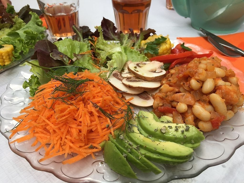 """Photo of Le Jardin de Marianne  by <a href=""""/members/profile/vegan%20frog"""">vegan frog</a> <br/>Vegan salad <br/> June 16, 2017  - <a href='/contact/abuse/image/85137/269766'>Report</a>"""