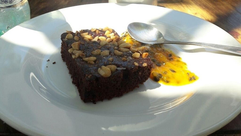 "Photo of La Morada  by <a href=""/members/profile/IngridFerraz"">IngridFerraz</a> <br/>really tasty vegan brownie with passion fruit sauce <br/> January 18, 2017  - <a href='/contact/abuse/image/85260/213140'>Report</a>"