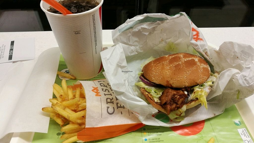 """Photo of Max - Vasagatan  by <a href=""""/members/profile/Hotte"""">Hotte</a> <br/>Vegan BBQ Sandwich served as menu, ordered without Jalapeños  <br/> December 5, 2017  - <a href='/contact/abuse/image/85293/332618'>Report</a>"""