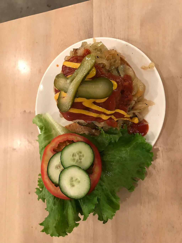 "Photo of Luv Burger  by <a href=""/members/profile/eliestafeliz"">eliestafeliz</a> <br/>Onion Melt Burger <br/> August 3, 2017  - <a href='/contact/abuse/image/85306/288123'>Report</a>"