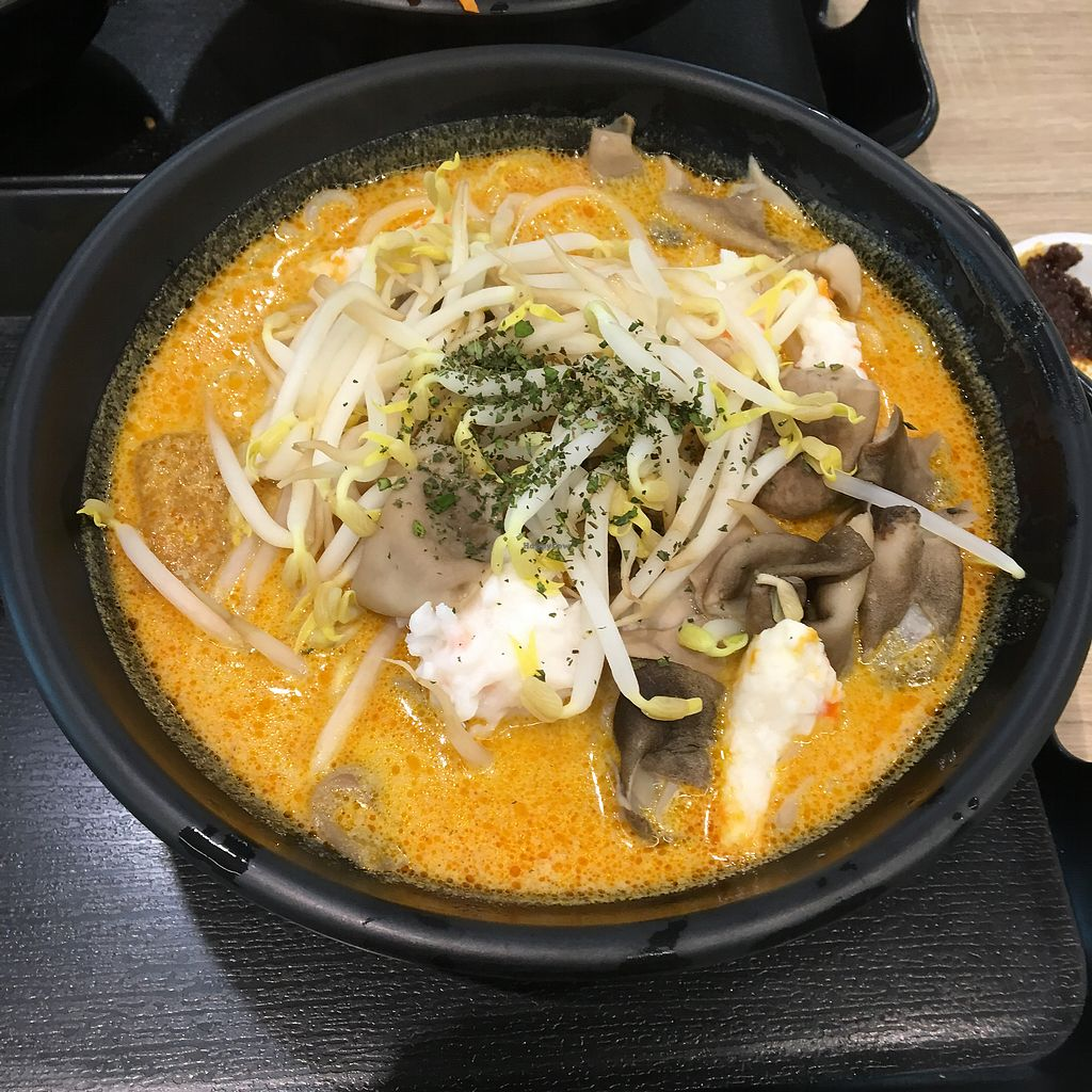 """Photo of Greendot - Bugis Junction   by <a href=""""/members/profile/breakfastparadise"""">breakfastparadise</a> <br/>Laksa <br/> March 20, 2018  - <a href='/contact/abuse/image/85396/373215'>Report</a>"""
