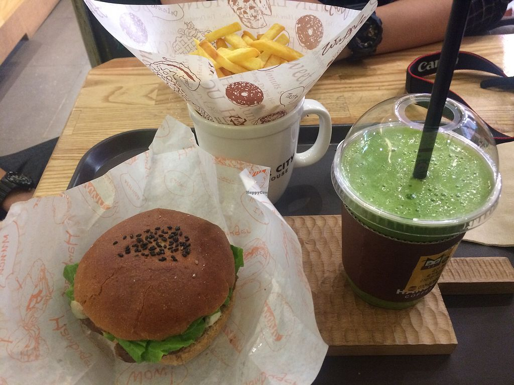 """Photo of Moomoo Burger & Smoothie  by <a href=""""/members/profile/TravelAmy"""">TravelAmy</a> <br/>soy burger with fries and a smootie  <br/> September 2, 2017  - <a href='/contact/abuse/image/85434/300001'>Report</a>"""