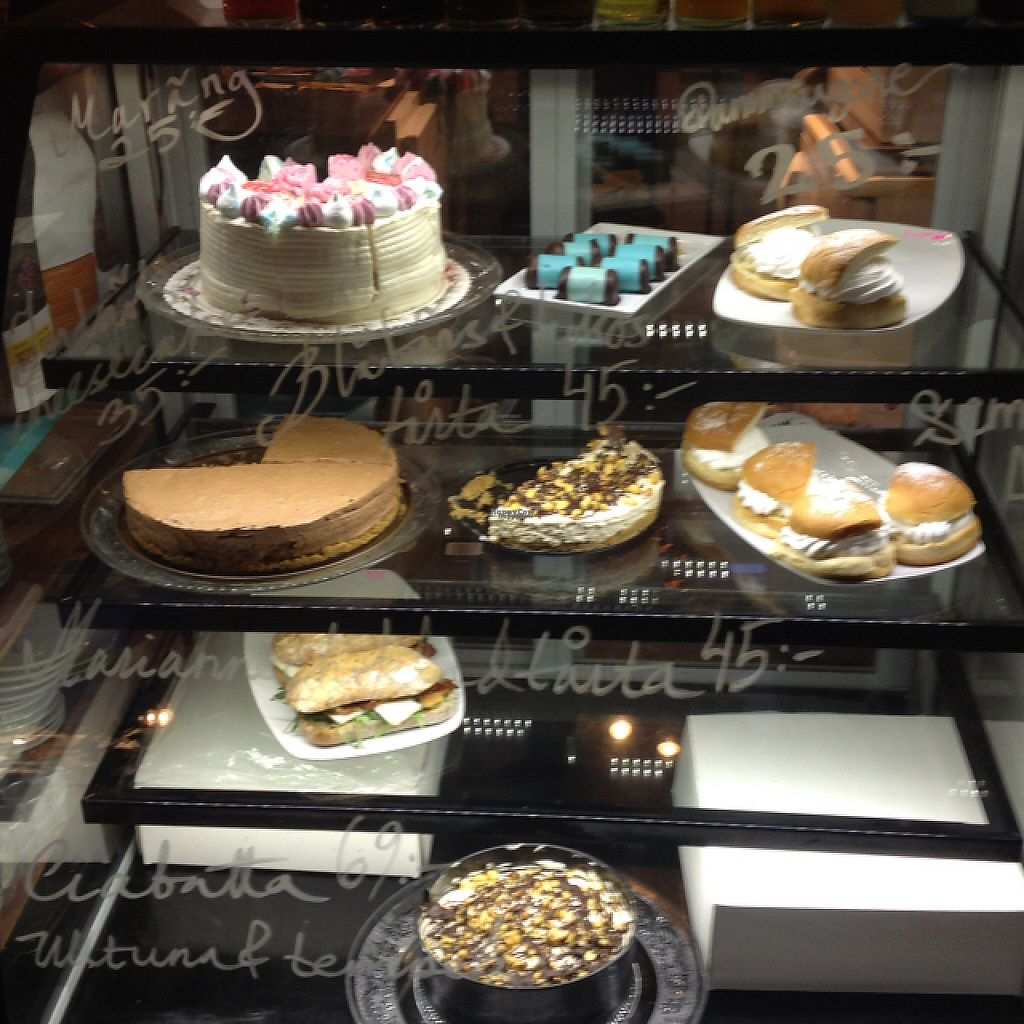 """Photo of Los Vegos  by <a href=""""/members/profile/Joa"""">Joa</a> <br/>Swedish vegan pastry  <br/> March 3, 2017  - <a href='/contact/abuse/image/85491/232256'>Report</a>"""