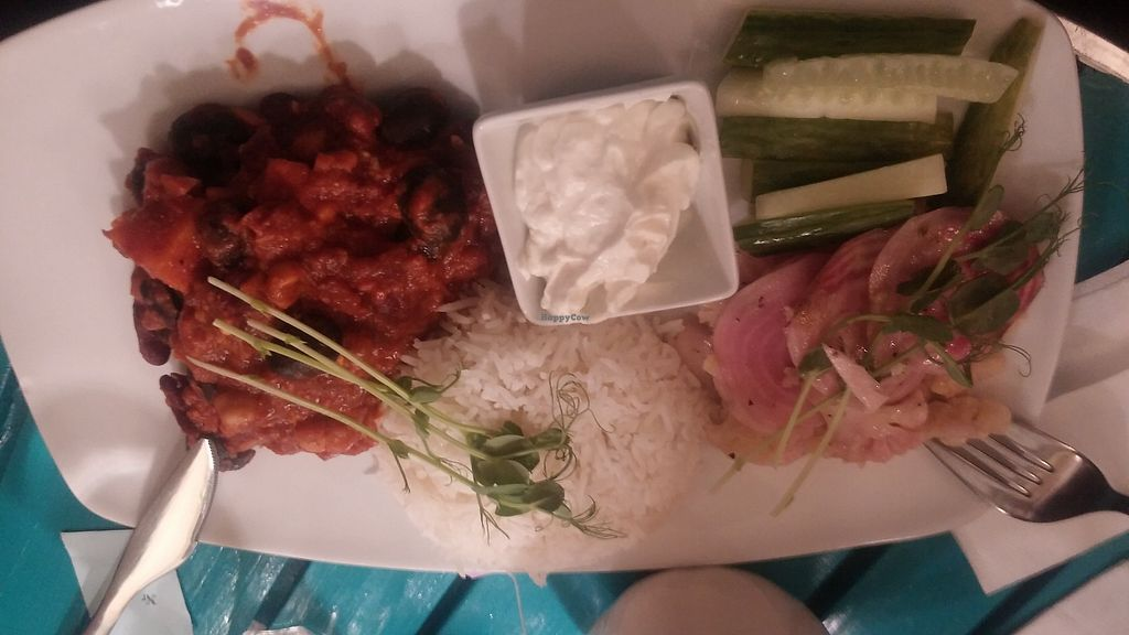 """Photo of Los Vegos  by <a href=""""/members/profile/ELZA"""">ELZA</a> <br/>Nom nom! I was in Uppsala 3 days and 2x in Los Vegos, THANK YOU! This food was little bit spicy for me but the white """"sauce"""" was perfect! And the cakes also very good! <br/> March 20, 2018  - <a href='/contact/abuse/image/85491/373507'>Report</a>"""