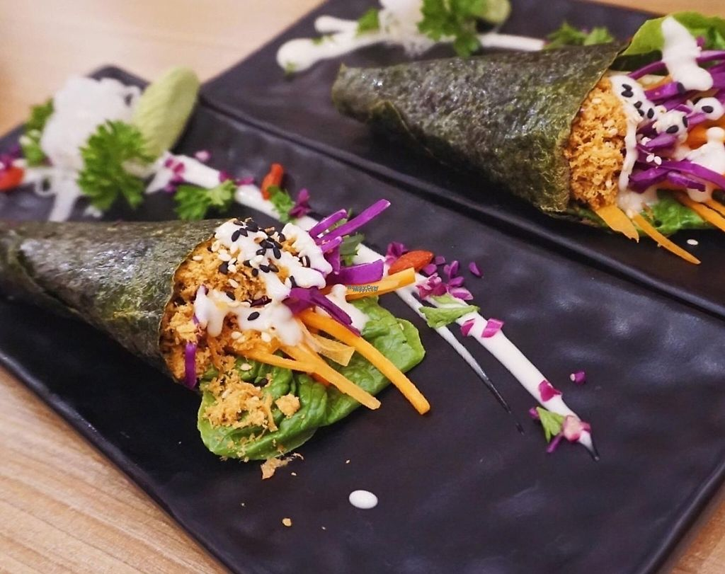 """Photo of Sushi Kitchen - Plaza Gurney  by <a href=""""/members/profile/Anerlie"""">Anerlie</a> <br/>Fresh vegetable handroll <br/> April 28, 2017  - <a href='/contact/abuse/image/85510/253359'>Report</a>"""