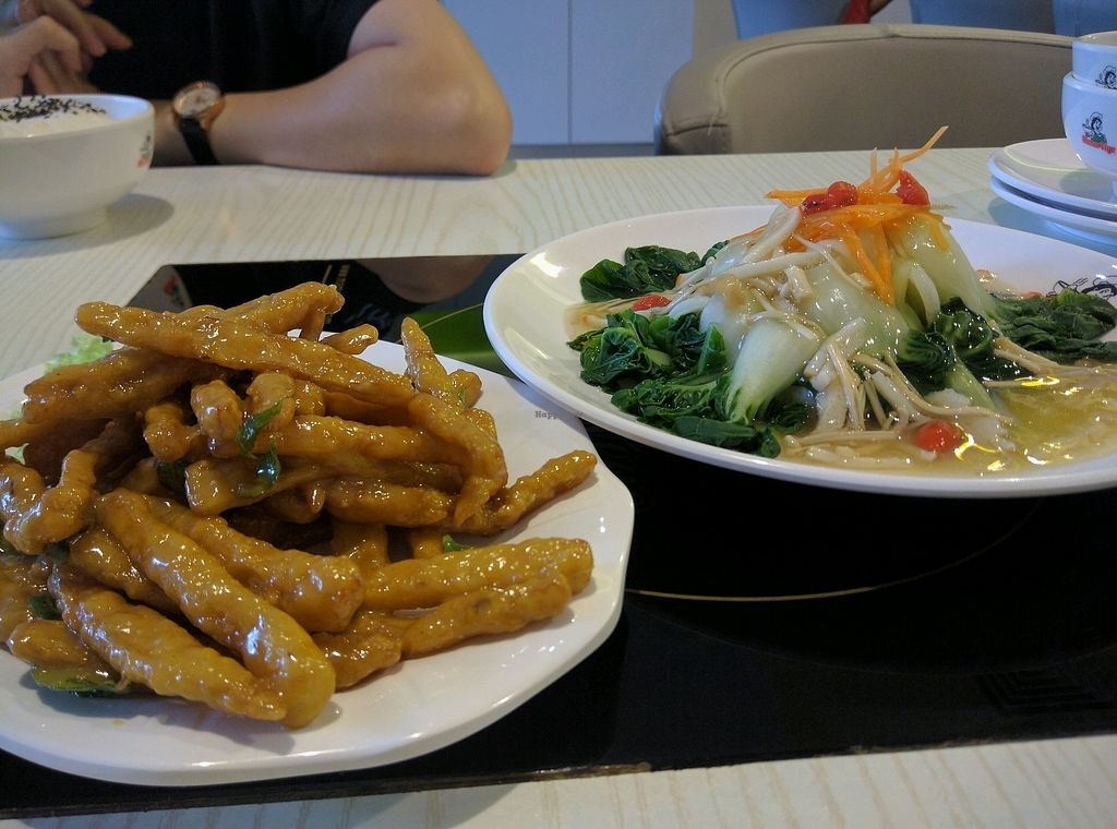 """Photo of Mama Vege - Plaza Gurney  by <a href=""""/members/profile/Summer_Tan"""">Summer_Tan</a> <br/> Milky Mushroom - RM11.90 = Crunchy, chewy and tasty! Pak Choice Fuji - RM8.90 = Fresh veg with a tasty sauce <br/> January 30, 2018  - <a href='/contact/abuse/image/85511/352942'>Report</a>"""