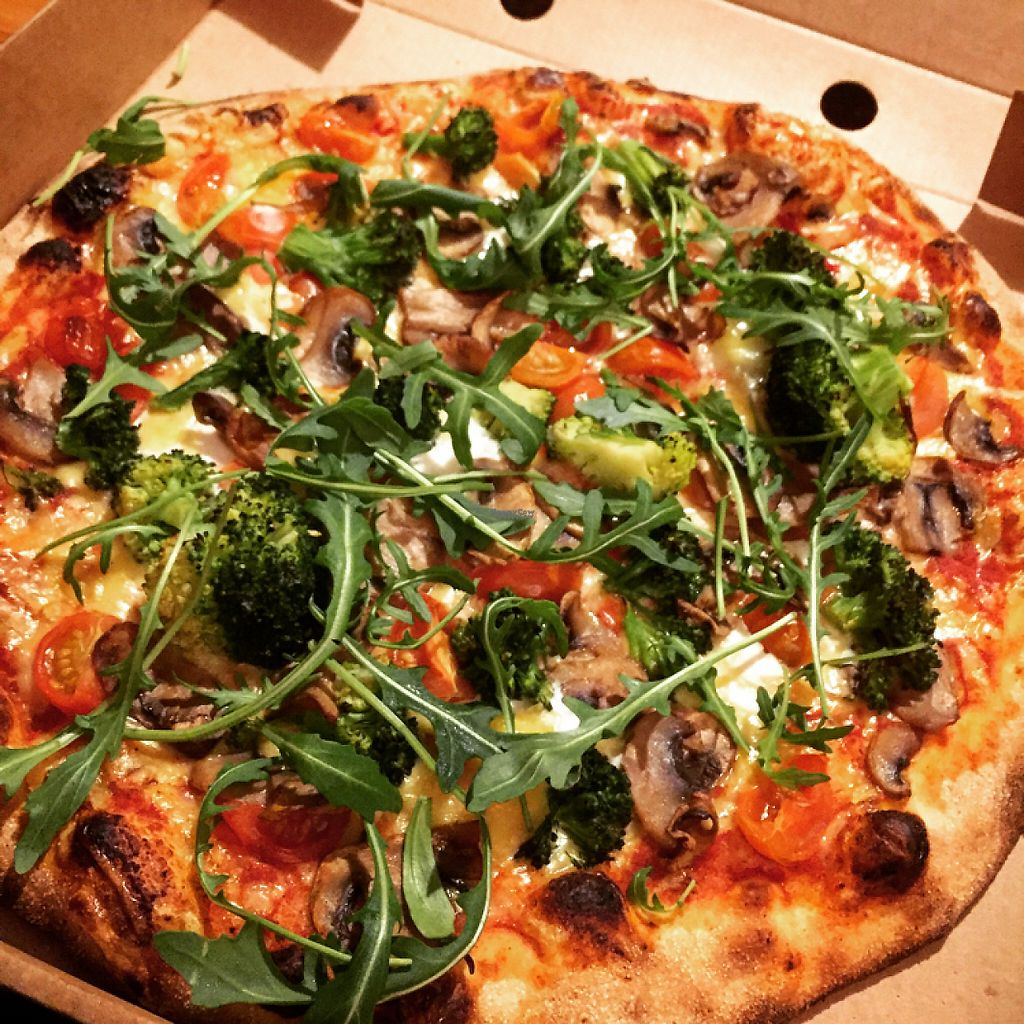 """Photo of LUX  by <a href=""""/members/profile/Zonnestraaltje"""">Zonnestraaltje</a> <br/>vegan pizza ❤️ <br/> January 25, 2017  - <a href='/contact/abuse/image/85609/216875'>Report</a>"""