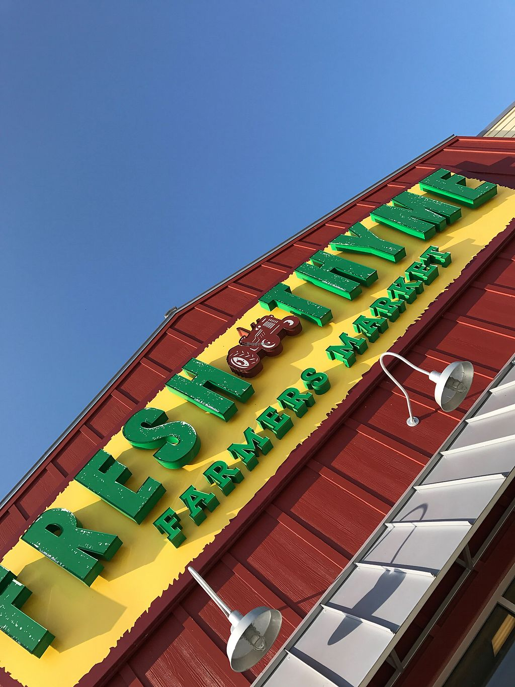 "Photo of Fresh Thyme Market  by <a href=""/members/profile/nehemiasventura"">nehemiasventura</a> <br/>Fresh Thyme Farmers Market <br/> October 11, 2017  - <a href='/contact/abuse/image/85622/314212'>Report</a>"