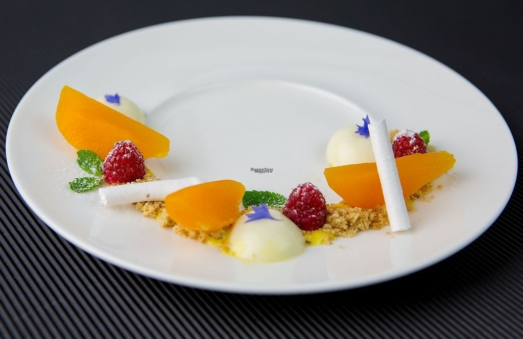 """Photo of Orso Grigio  by <a href=""""/members/profile/danidani"""">danidani</a> <br/>Williams pears on saffron with almond pudding and nut crumble <br/> January 17, 2017  - <a href='/contact/abuse/image/85664/212862'>Report</a>"""